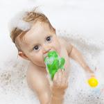 Giocattoli da bagno, come pulirli e igienizzarli al meglio - Stile.it