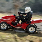 Il tagliaerba Honda? Ha raggiunto i 187.60 km/h! - autoblog.it