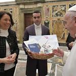Papa ai politici: difesa della vita nascente, prima pietra del bene comune - Vatican News