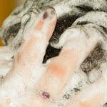 Shampoo rischioso per la salute come gli scarichi delle auto - il Giornale